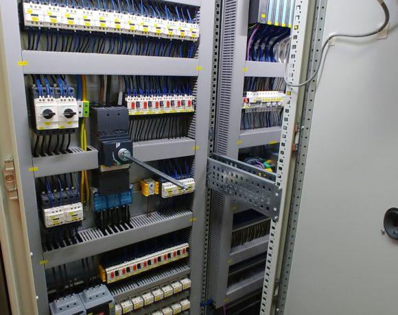 System sterowania i zasilania układem czyszczenia i transportu surowców zbożowych na terenie browaru VAN PUR. (Rakszawa, Polska)